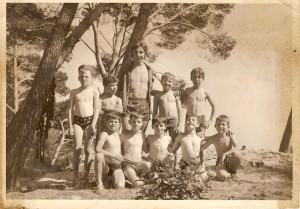 photo de groupe à massacan en 1969